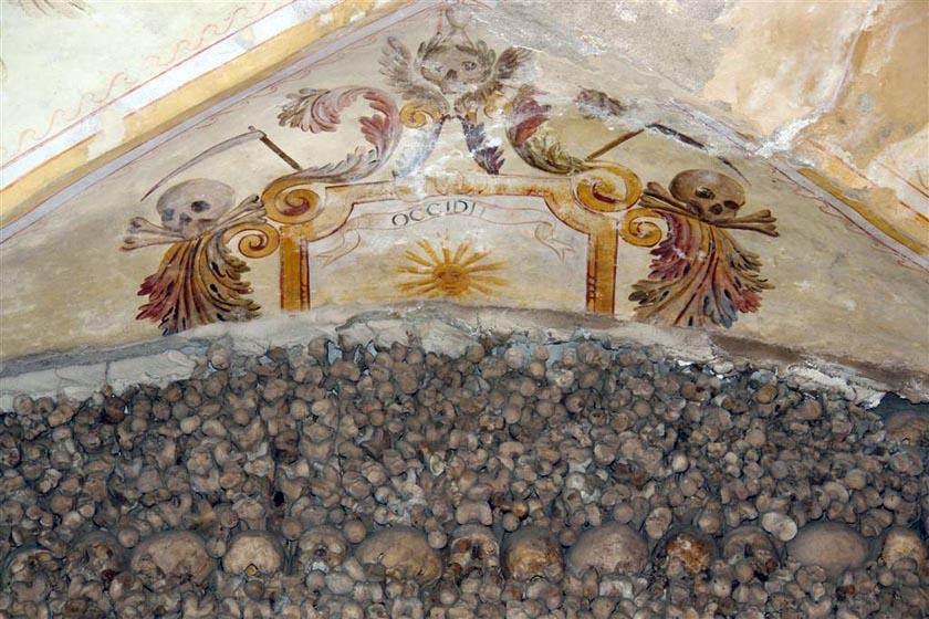 Évora, y su siniestra Capilla de los Huesos - evora capilla huesos - Évora, y su siniestra Capilla de los Huesos
