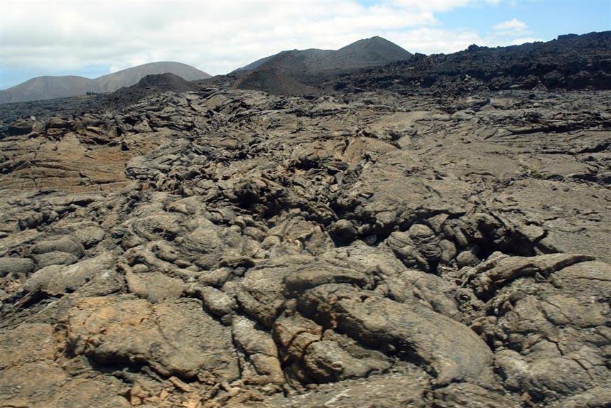 Timanfaya, Lanzarote lugares que visitar en lanzarote - lanzarote - 5 increíbles lugares que visitar en Lanzarote
