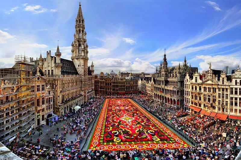 bruselas en un día - PLAZA DE BRUSELAS 800x533 - Bruselas en un día : qué ver y qué hacer